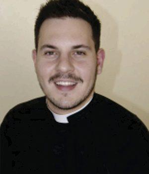 Pe. Douglas Carré