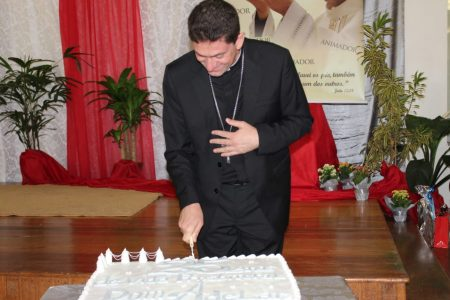 Jubileu de Prata: Dom Adelar comemora seus 25 anos de vida presbiteral